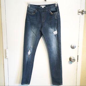Boston Proper Distressed Pull On Skinny Jeans